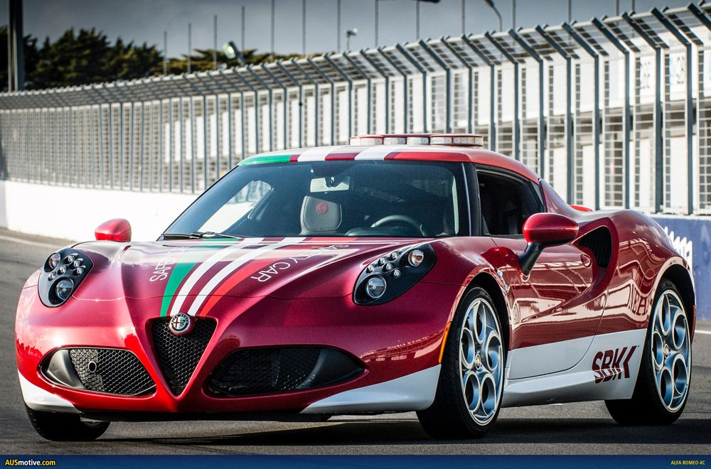 Alfa-Romeo-4C-SBK-Safety-Car-01.jpg