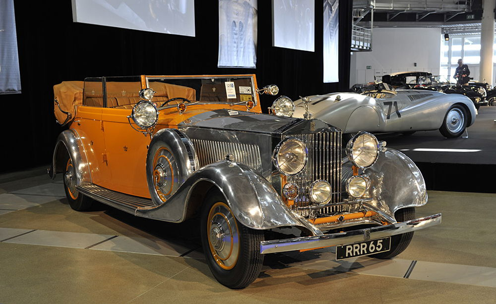 Rolls-Royce_Phantom_II_Allweather_Cabriolet_Star_of_India_.jpg