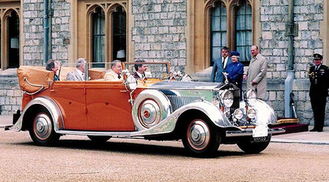 Rolls-Royce_Phantom_II_Allweather_Cabriolet_Star_of_India_